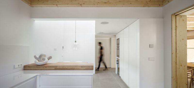 arquitectura alventosa morell arquitectes casa noa fotografia cocina office pasillo