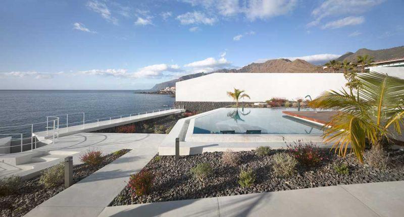 Corona amaral arquitectura ciclo de entrevistas arquitecturayempresa villa playa de la arena foto vistas