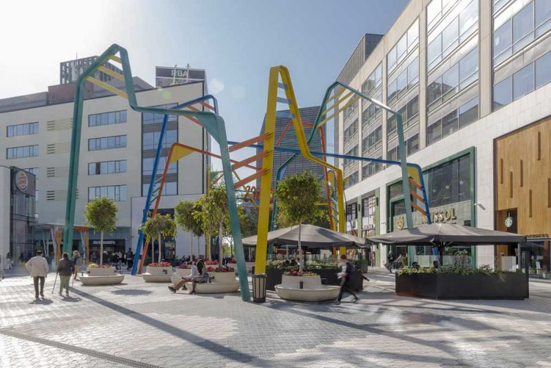 arquitectura ciclo de entrevistas estudio L35 Luisa Badía fotografía Centro comercial Glories plaza