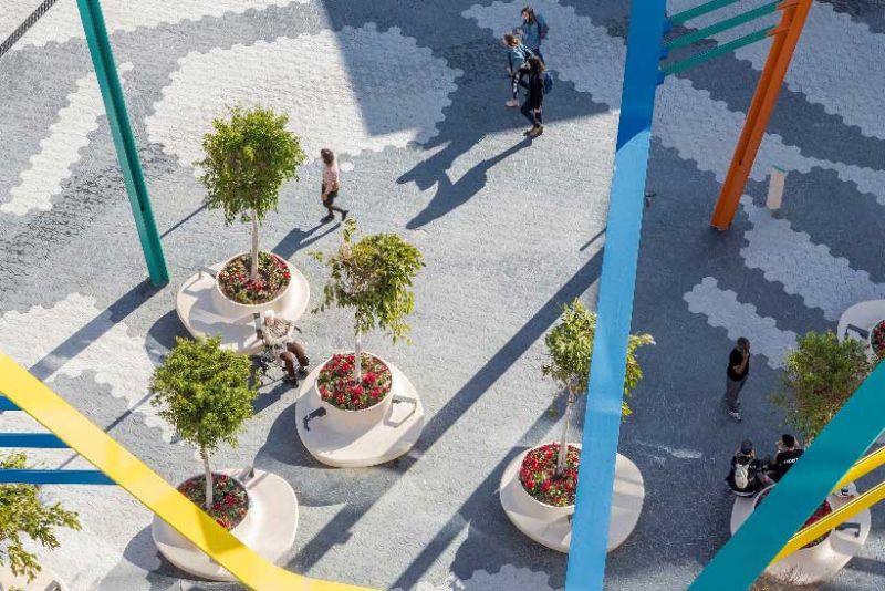 arquitectura ciclo de entrevistas estudio L35 Luisa Badía fotografía Centro comercial Glories pavimento