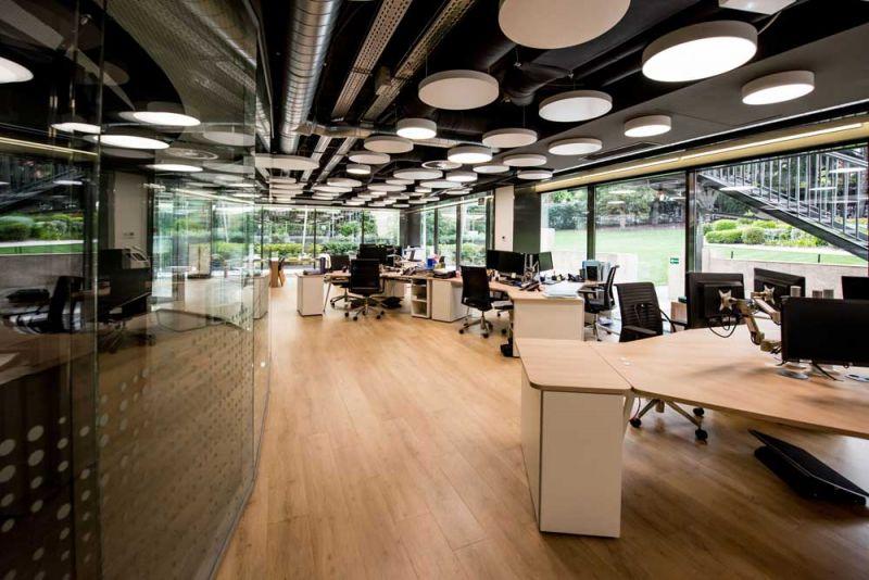 arquitectura Requena y Plaza Dispatching Centro de Control Red Infraestructuras gasistas fotografía oficinas