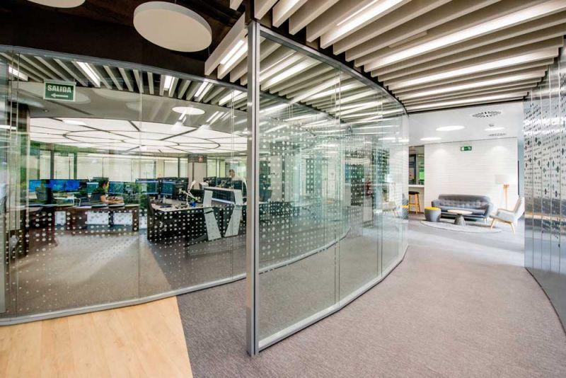 arquitectura Requena y Plaza Dispatching Centro de Control Red Infraestructuras gasistas fotografía interior