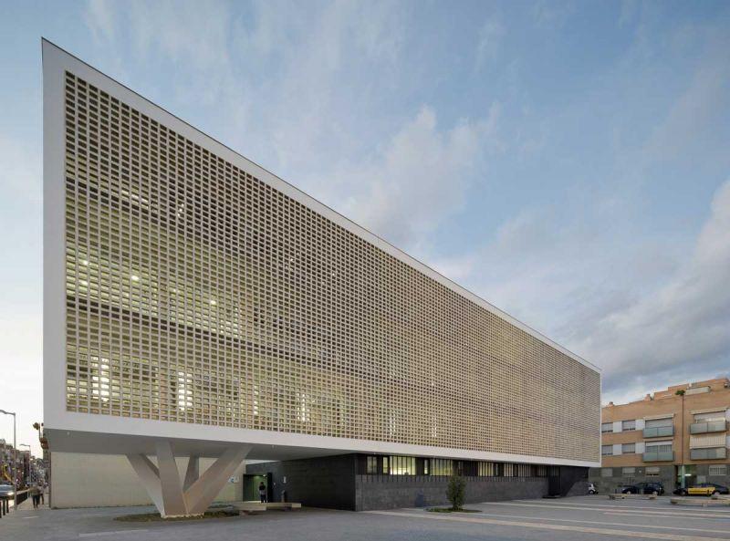 arquitectura entrevistas exclusivas baas jordi badia cap progres raval fotografia exterior