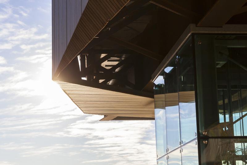 arquitectura_Clear-Edmonton_1 Funicular_ cabina de mirador funicular