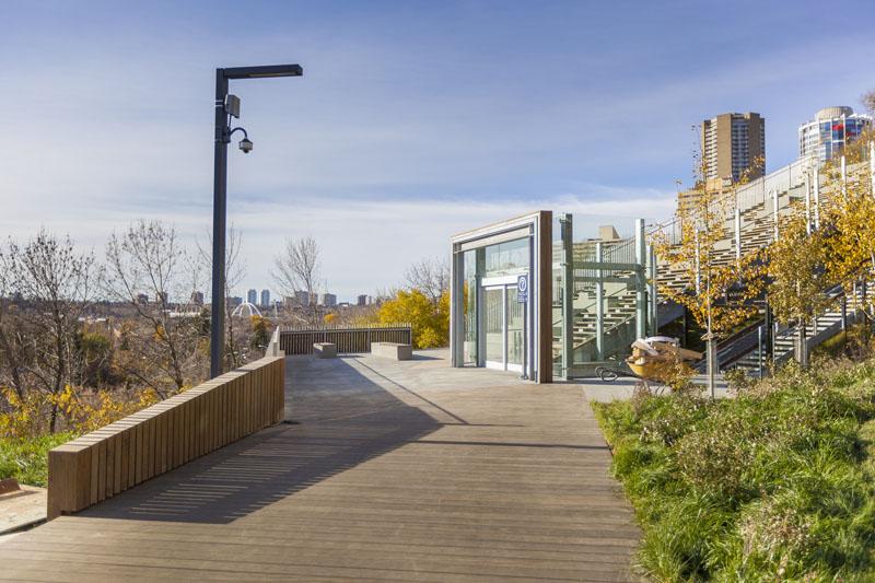 arquitectura_Clear-Edmonton_1 Funicular_ madera de paseo accesos