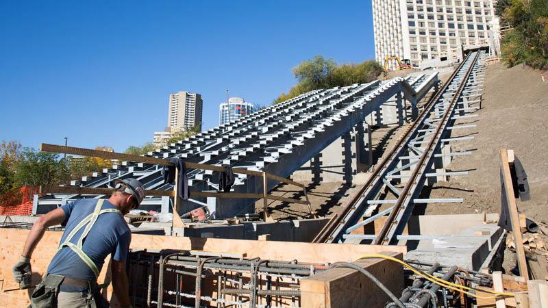 arquitectura_Clear-Edmonton_1 Funicular_ imagen de construccion