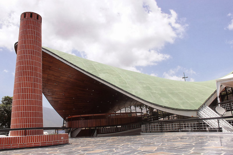 Arquitectura__club tachira_Fruto Vivas