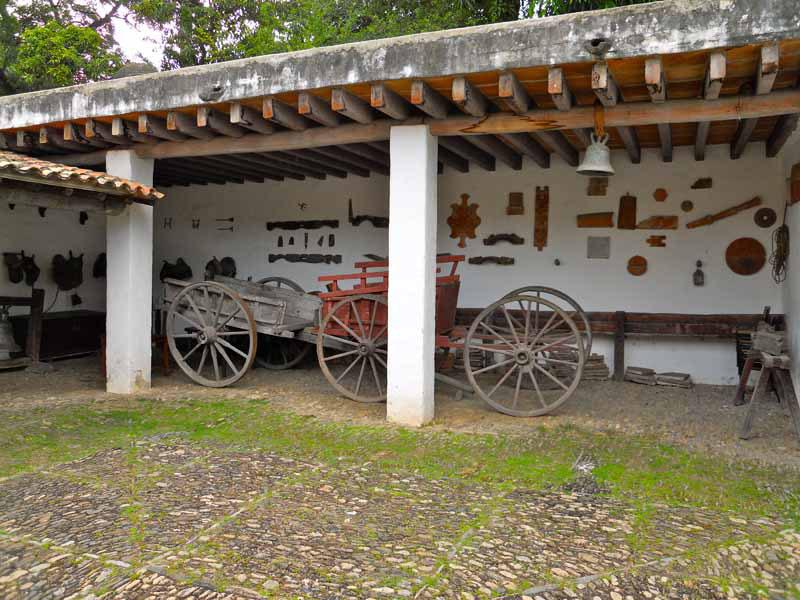 Arquitectura colonial q Anauco apeos
