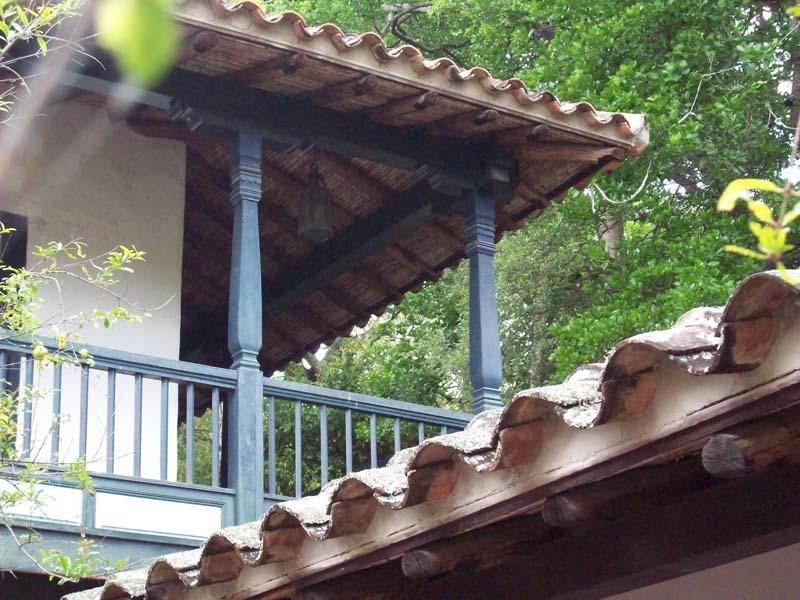 Arquitectura detalle del tejado colonia Q.Anauco