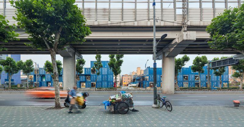 arquitectura_Common_ground_Urbantainer_fachada street market
