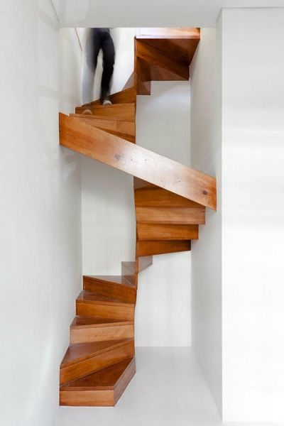 Escaleras de madera en la arquitectura dom stica for Easy escaleras de madera