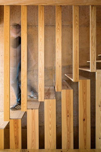 arquitectura_diseño_escaleras de madera_Paratelier-Ze-House