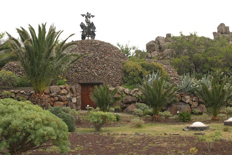 Arquitectura_El mirador-de-palmarejo_cesar -manrique_zona de los jardines
