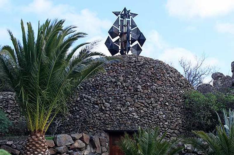Arquitectura_El mirador-de-palmarejo_cesar Manrique_palmeras