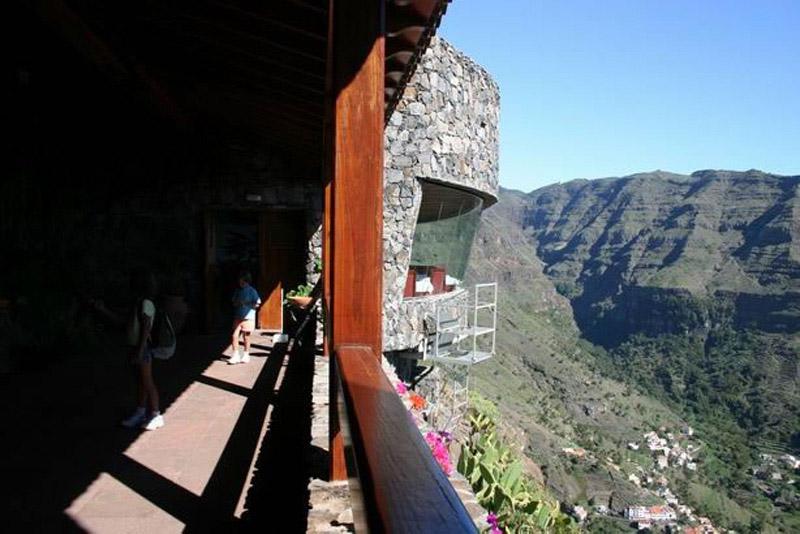 Arquitectura_El mirador-de-palmarejo_Cesar Manrique_vista exterior del resturante