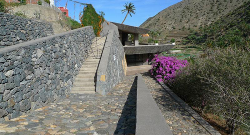 Arquitectura_El mirador-de-palmarejo_Cesar Manrique_acceso peatonal