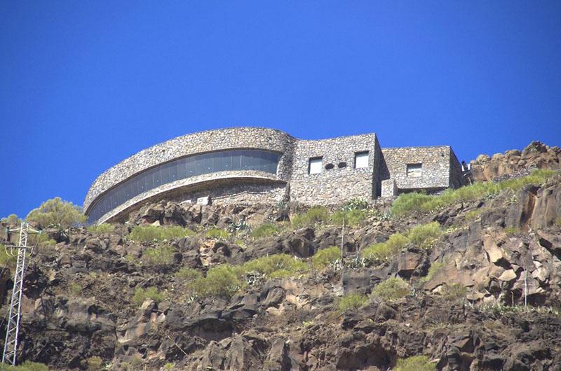 Arquitectura_El mirador-de-palmarejo_Cesar Manrique_vista desde abajo