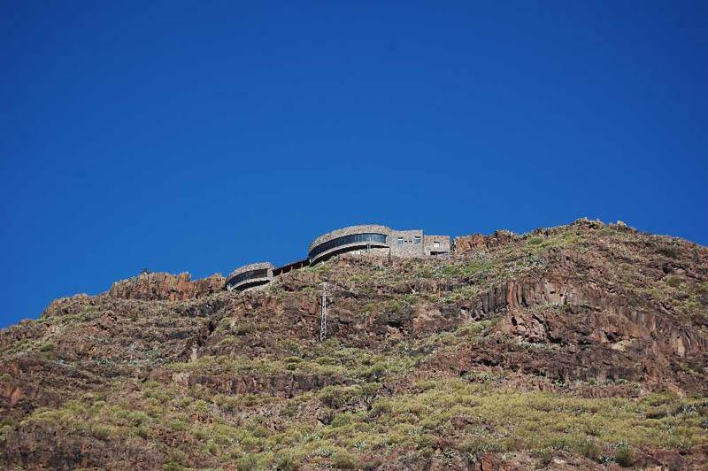 Arquitectura_El mirador-de-palmarejo_Cesar Manrique_vista desde la ladera