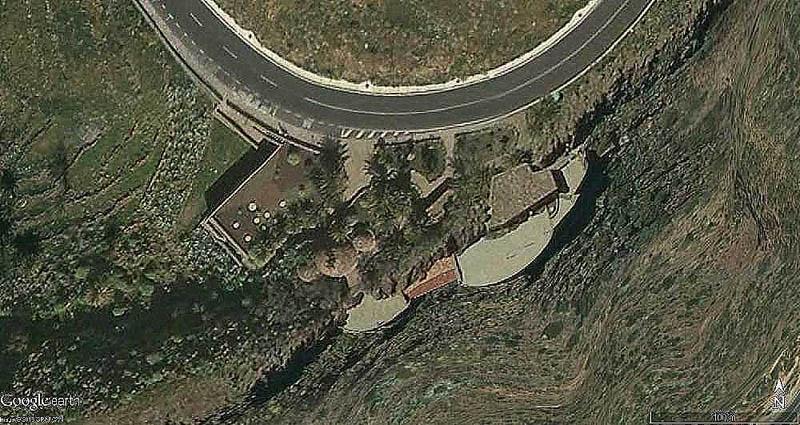 Arquitectura_El mirador-de-palmarejo_Cesar -manrique_vista aerea desde carretera