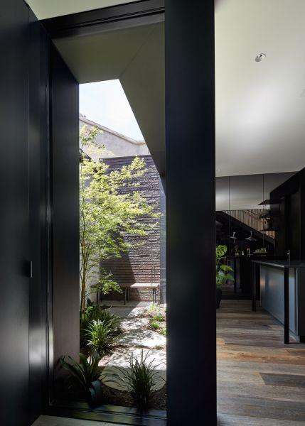 arquitectura_ELGINSTRESIDENCE_patio