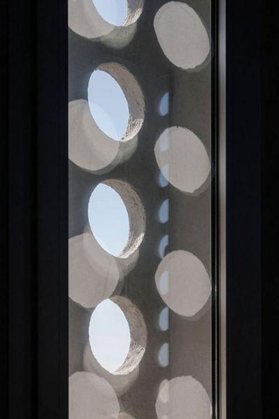 arquitectura_Elisa Valero_escuela Cerillo_detalle ventana