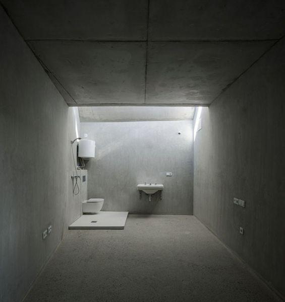 arquitectura_Elisa Valero_viviendas Realejo_baño