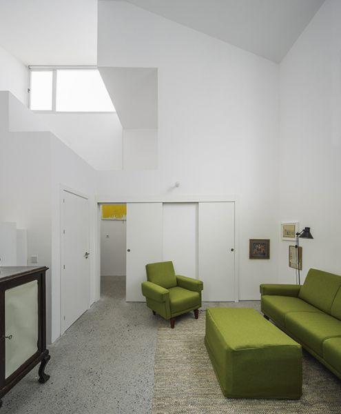 arquitectura_Elisa Valero_viviendas Realejo_salón
