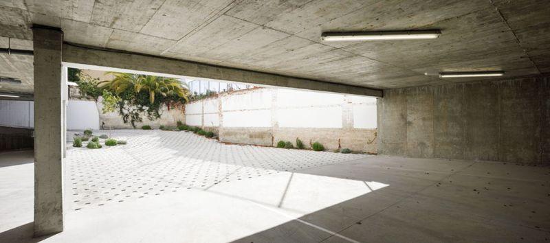 arquitectura_Elisa Valero_viviendas Realejo_garaje