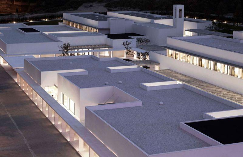 arquitectura_Elsa Urquijo Architects_Centro Social Padre Rubinos
