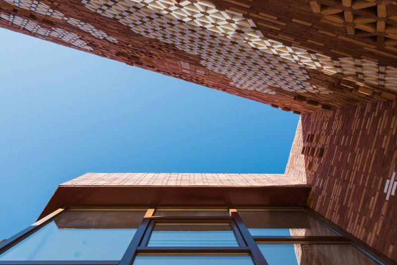 arquitectura pabellon kalida embt arquitectos exterior cenital