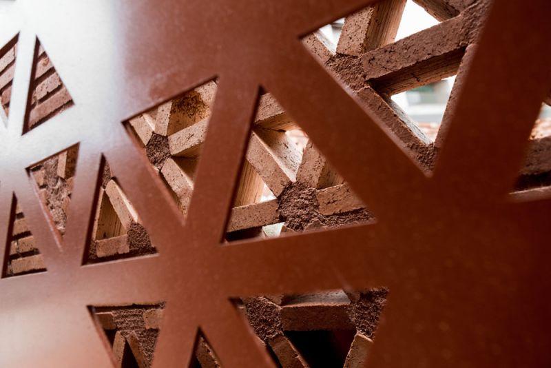 arquitectura pabellon kalida embt arquitectos detalle ceramica