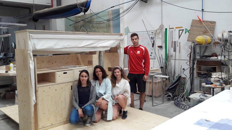 En ruta, un gadget para habitar Concurso estudiantes Taller 2 ETSA arquitecturayempresa autores