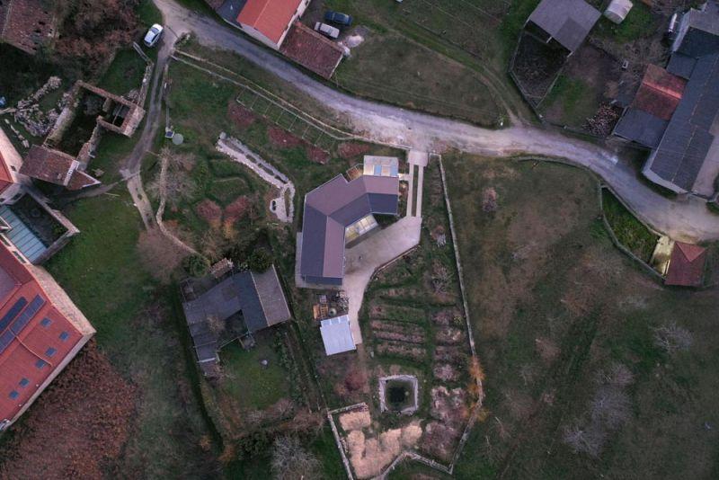 arquitectura entrevista arrokabe arquitectos casa cachons passivhaus vista aerea