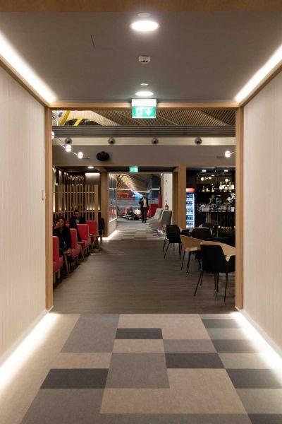 arquitectura sala vip dali t4 barajas estudio lamela vinoteca