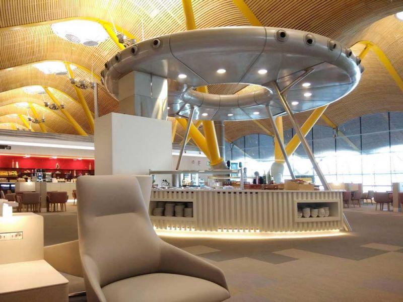 arquitectura sala vip dali t4 barajas estudio lamela platillo