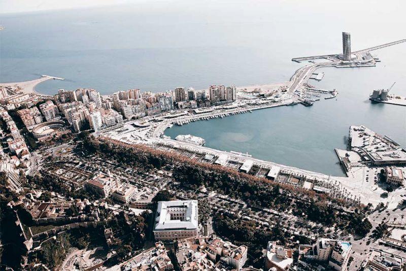 La torre del puerto de Málaga Seguí Arquitectura imagen aérea