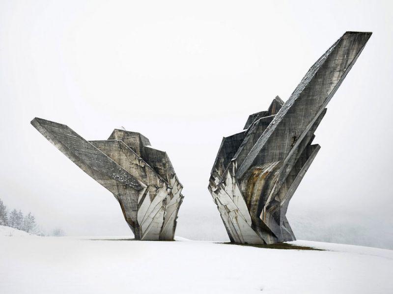 arquitectura valentin jeck exposicion moma toward a concrete utopia Monumento a la Batalla de Sutjeska en Bosnia y Herzegovina (1965-71)