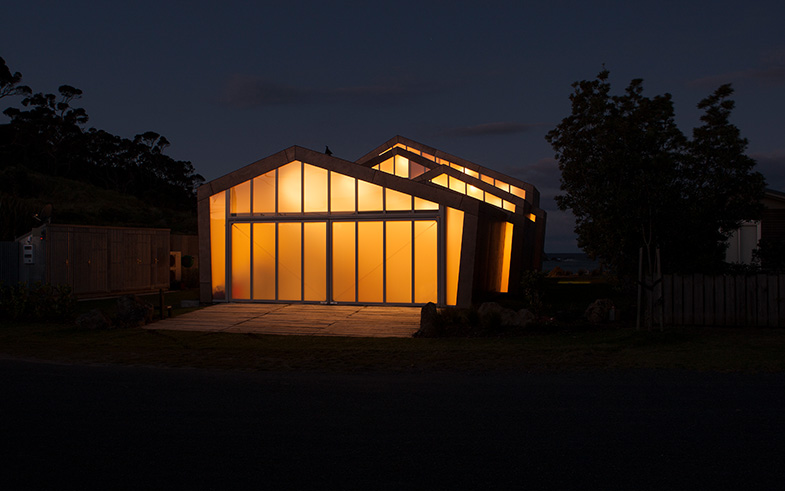 arquitectura_Fe304 House_Crosson Architects_luz nocturna