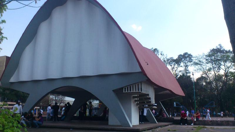 Arquitectura alzado de acceso pabellón