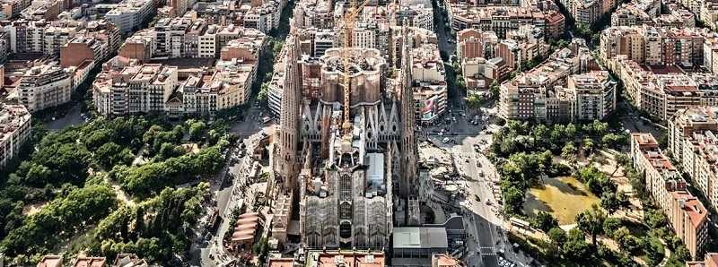See Photos With 2018 Photos: El Templo Expiatorio De La Sagrada Familia De Gaudí: Un