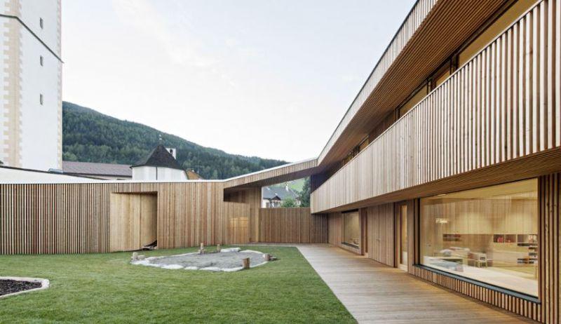 arquitectura_guardería_feld72_galería cubierta