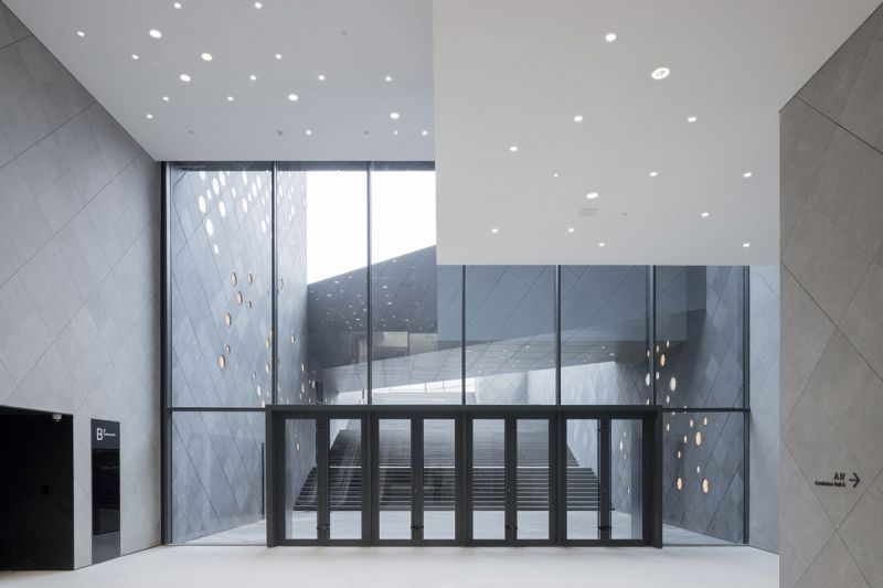 The Guardian Art Center Buro Ole Scheeren fotografia interior patio