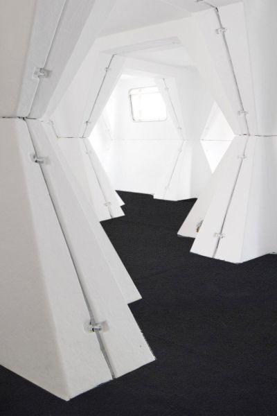 HEXACUBE Georges Candilis y Anja Blomstedt arquitectura futurista modular 70 interior 3