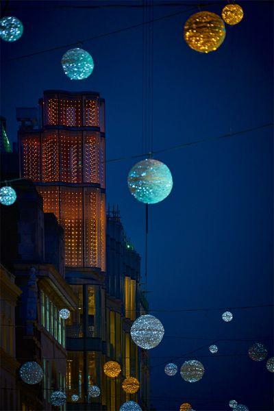 arquitectura híbrida_61 Oxfrod Street_imagen nocturna
