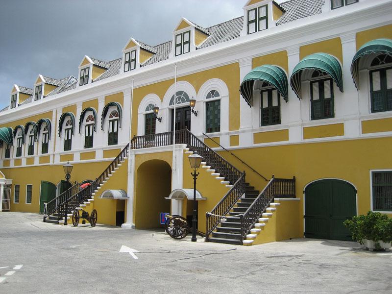 arquitectura holandesa en el caribe_palacio del goberador