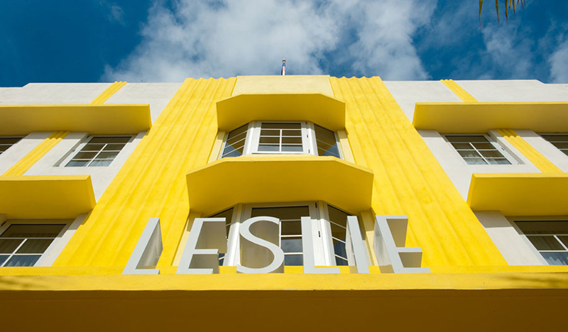 Arquitectura_Hotel Leslie_Art decó_Miami Beach_ detalle letrero