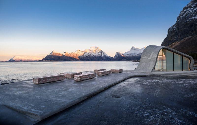 arquitectura_HZA baño Noruega_bancos