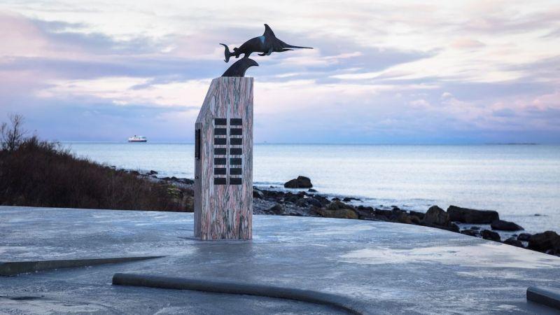 arquitectura_HZA baño Noruega_monumento