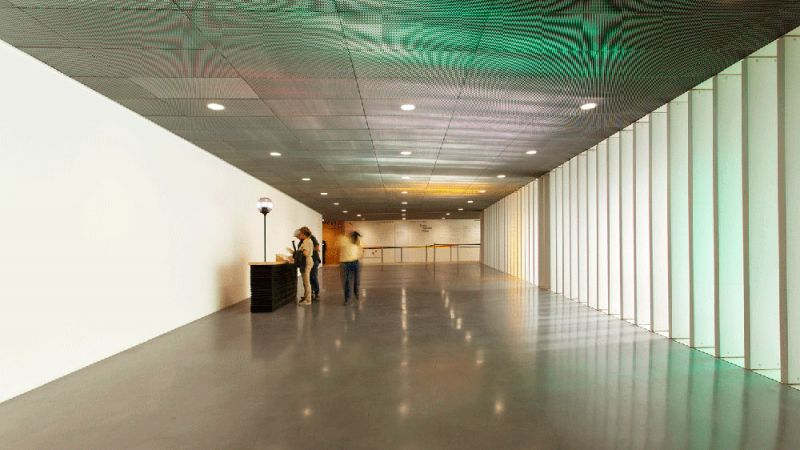 ARQUITECTURA Centro Pompidou Malaga panel cemento transparente HeidelbergCement Hispania FYM