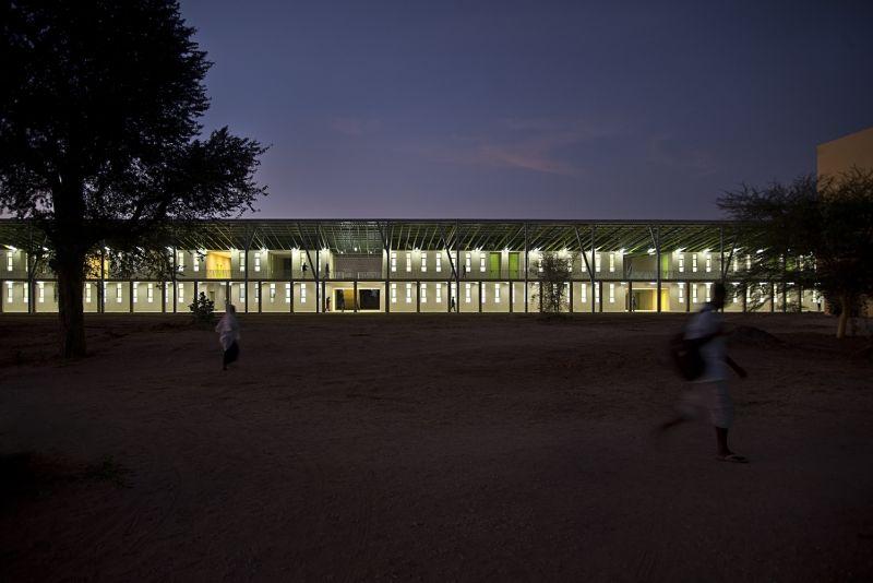 arquitectura_IDOM_universidad Senegal_ventanas